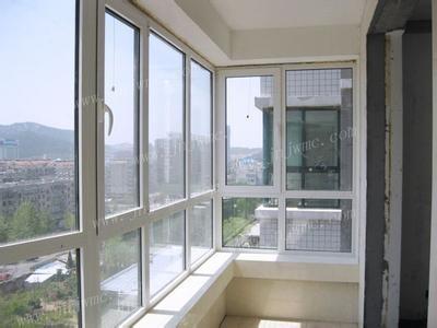 中式客厅阳台窗户